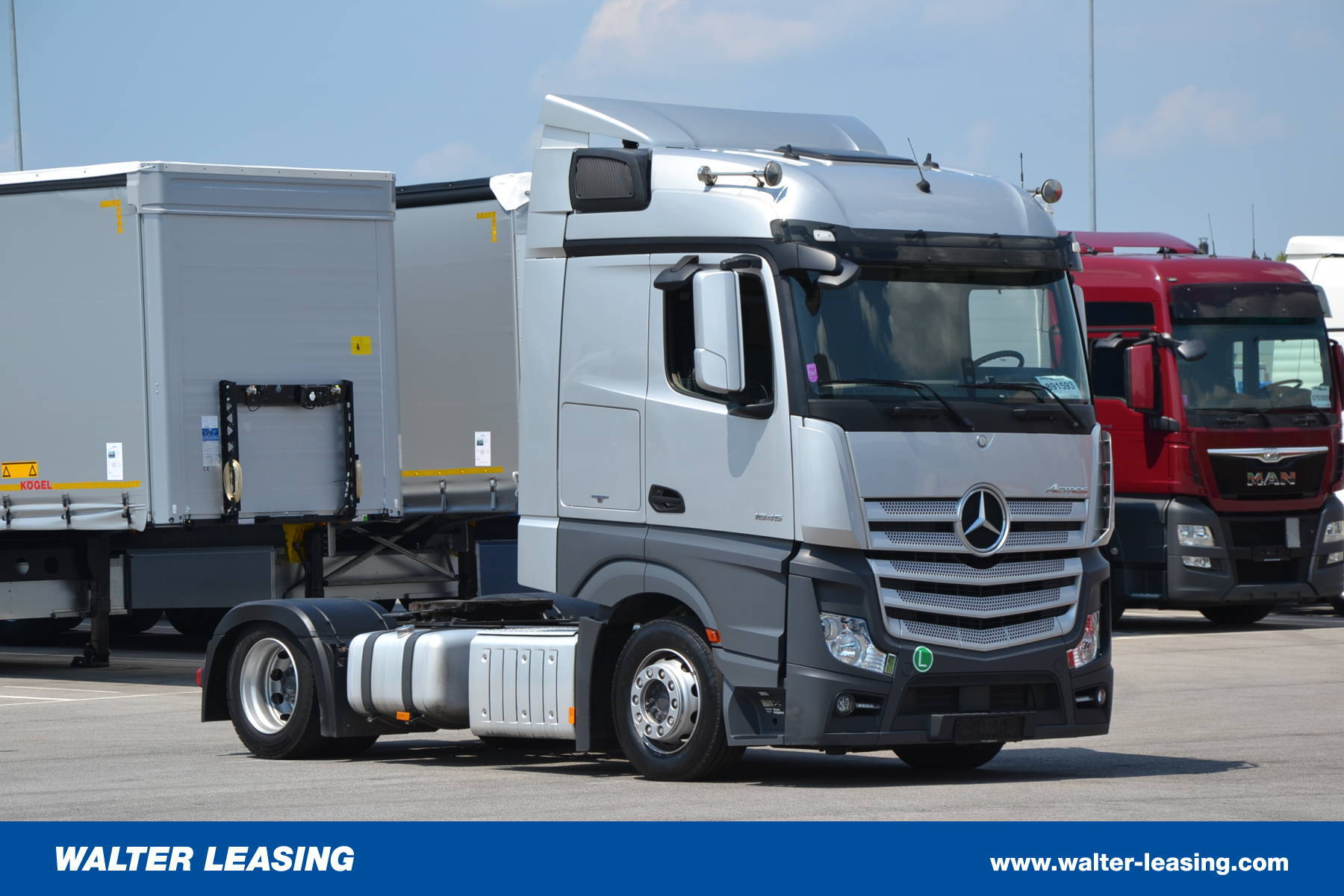 Mercedes Benz Mega Tractor Unit Actros 1845 LS Used WALTER LEASING