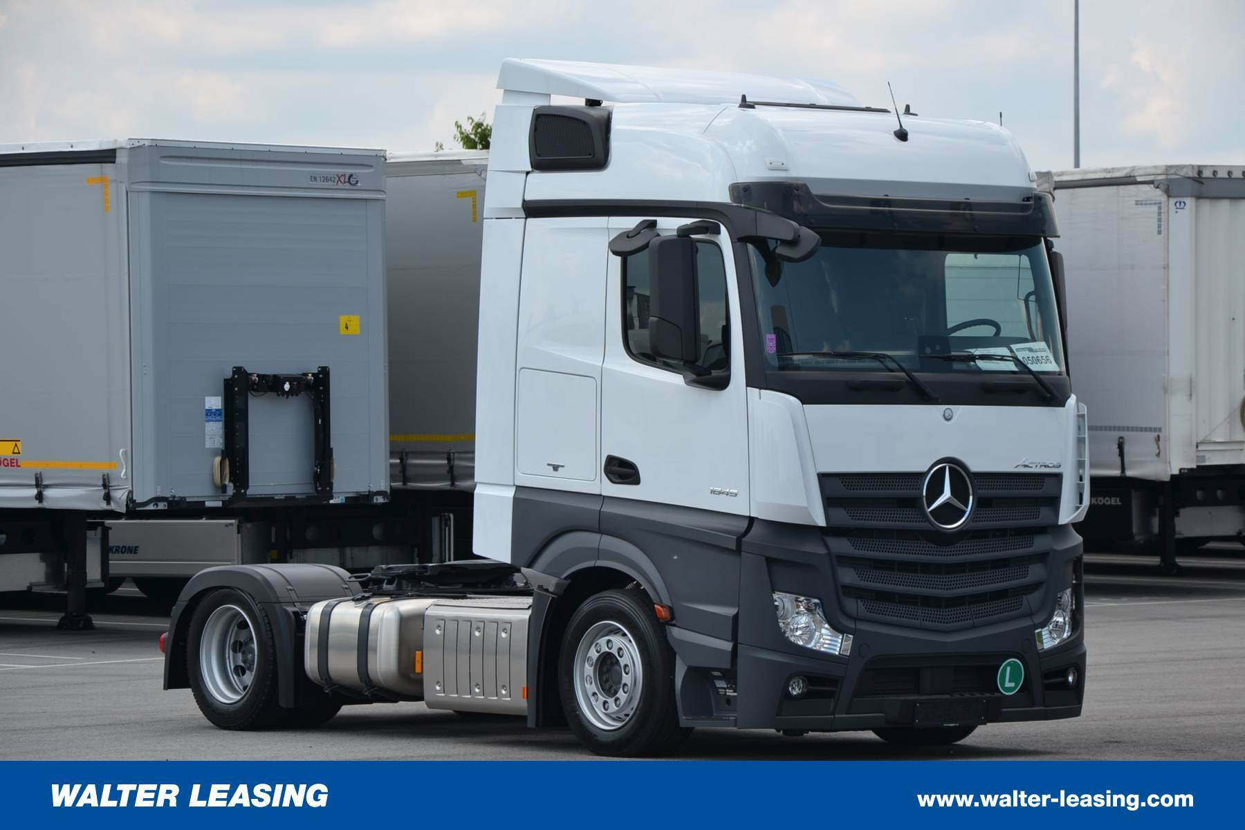 Mercedes Benz Mega Tractor Unit Actros 1845 LSnRL New WALTER LEASING