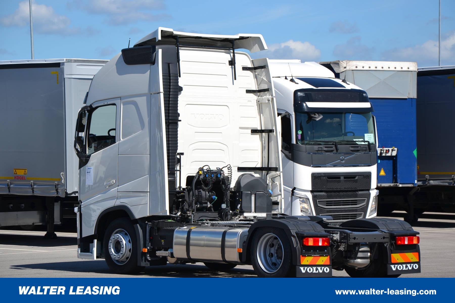 Volvo Mega Tractor Unit Fh 500 Globetrotter Xl New 1